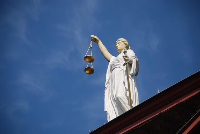 case-law-677940_640