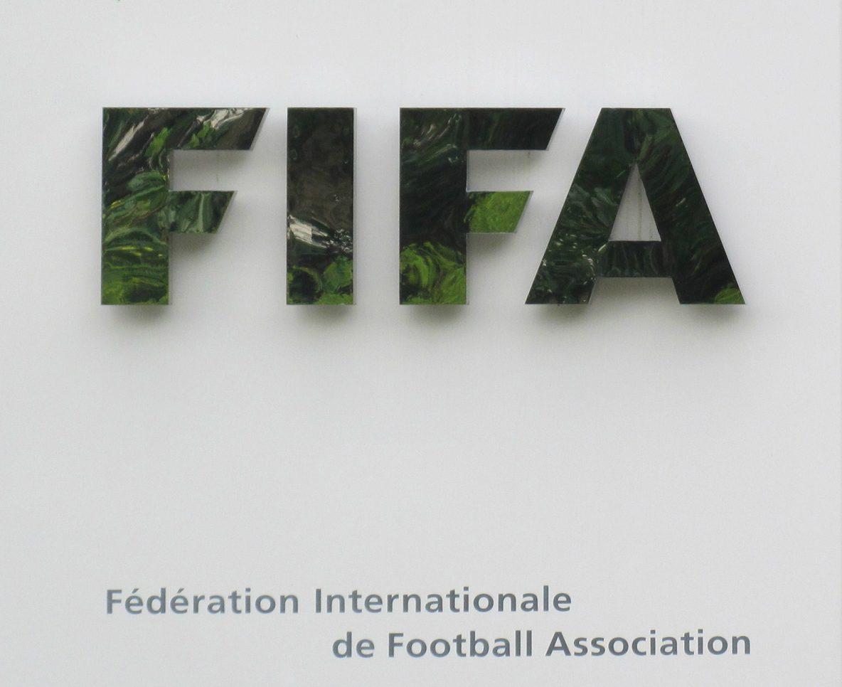 FIFA amplía sanciones